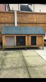 Guinea pig/ rabbit hutch