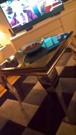 coffee table 2 lamp tables 1 lamp large mirror all less than 6 weeks old