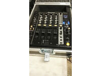 Pioneer DJM 750 4-Channel Full Digital DJ Mixer with USB and swan Flight Case in Excellent Condition