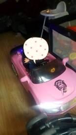 Kids pink electric audi