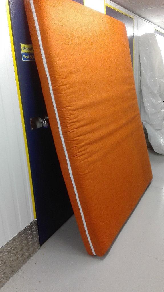 160cm x 200cm mattress in very good condition