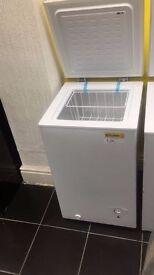 Essential Chest Freezer (12 Month Warranty)