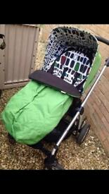 Mama's and Papa's Solas travel system for sale.