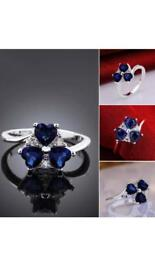 Ring with blue stones