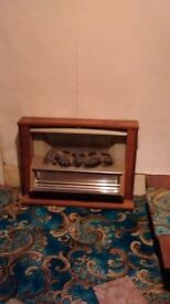 Coal Effect Fire/Bar Heater with Wood Surround