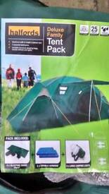 Halfords Deluxe Family Tent (4 Man) / Air Beds / Lanterns (New Never Put Up)