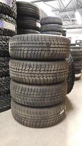 Ensemble de 4 pneus d'hiver Michelin Latitude X-Ice 245/65/17 et 4 jantes d'acier pour Grand Cherokee 2005-2010