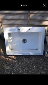 Adamsez White Butler Sink