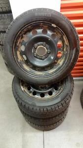 (183) Pneus Hiver - Winter Tires 205-55-16 Pirelli RunFlat 7/32