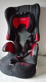 Childs carseat with removeable booster seat