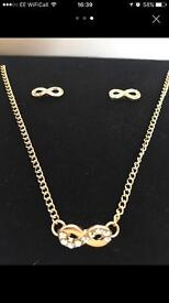 Infinity necklace & earings