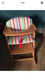 Red kite wooden high chair