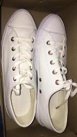 Converse Gemma low leather