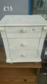 White bedside unit half price free delivery in leicester