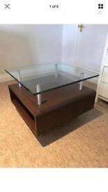Dark Vaneer Oak Table