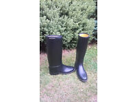 Child's Harry Hall horse riding boots, size 1.5-2