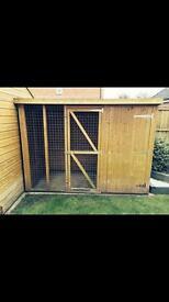 Dog kennel/run