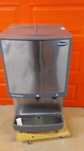 ICE AND WATER DISPENSER ( EXCELLENT CONDTION )