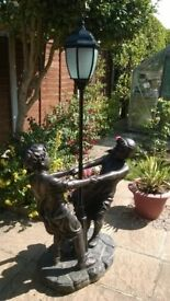 Outdoor Figurines Lamp Boy And Girl