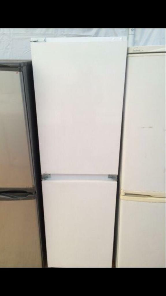 Intergraded white good looking frost free A-class fridge freezer cheap