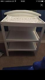 Cosatto changing table