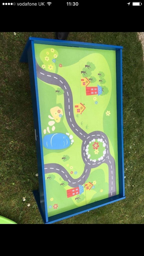 Train tablein Norwich, NorfolkGumtree - Train table in good condition £8 collection nr10 newton st faiths