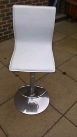 2 x Firenze Modern White Bar Stool - Good Condition - Ready for Collection - £30 for both.