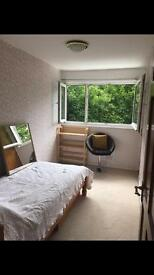 Fantastic large bedroom rent in St Albans Hertfordshire near watford luton watford road train links