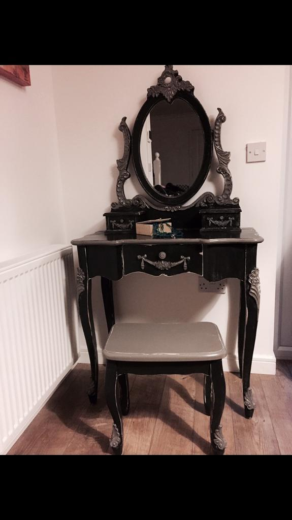 A beautiful French look dressing table set in chalk graphite colour