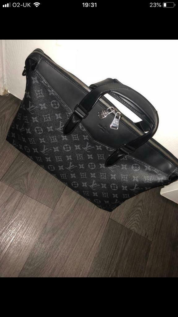 a2ff1783647c Louis Vuitton