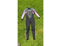 girls O'Neill wetsuit