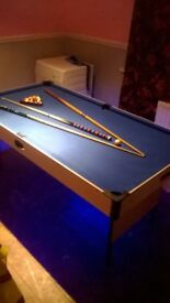 6ft pool table with remote lighting