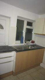 3 Bedroom Flat in Dagenham