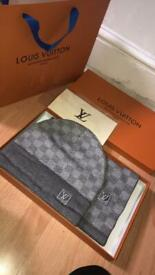 Louis Vuitton hat and scarf light grey