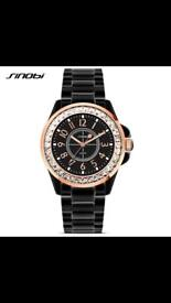 Women's luxury watch (free home delivery)