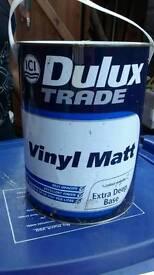 Deluxe paint tin , vinyl matt, 5 litter trader