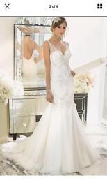 Size 12 Backless Wedding Dress