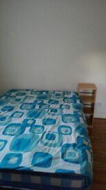 Double room in Stockwell 2 weeks deposit