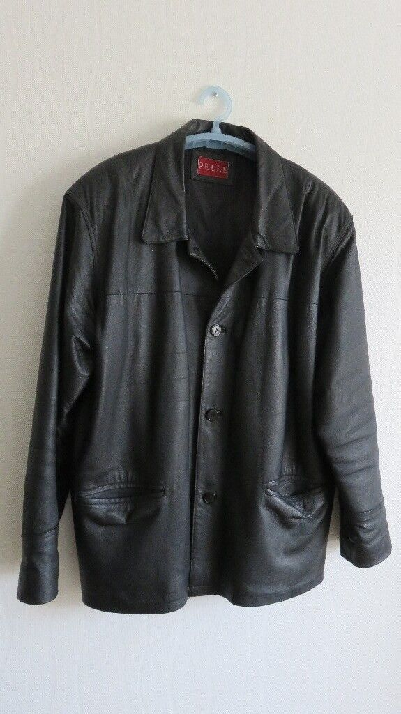 Mens black leather jacket, has been worn but in good condition. Size XL.