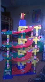 Large Childs Toy Garage