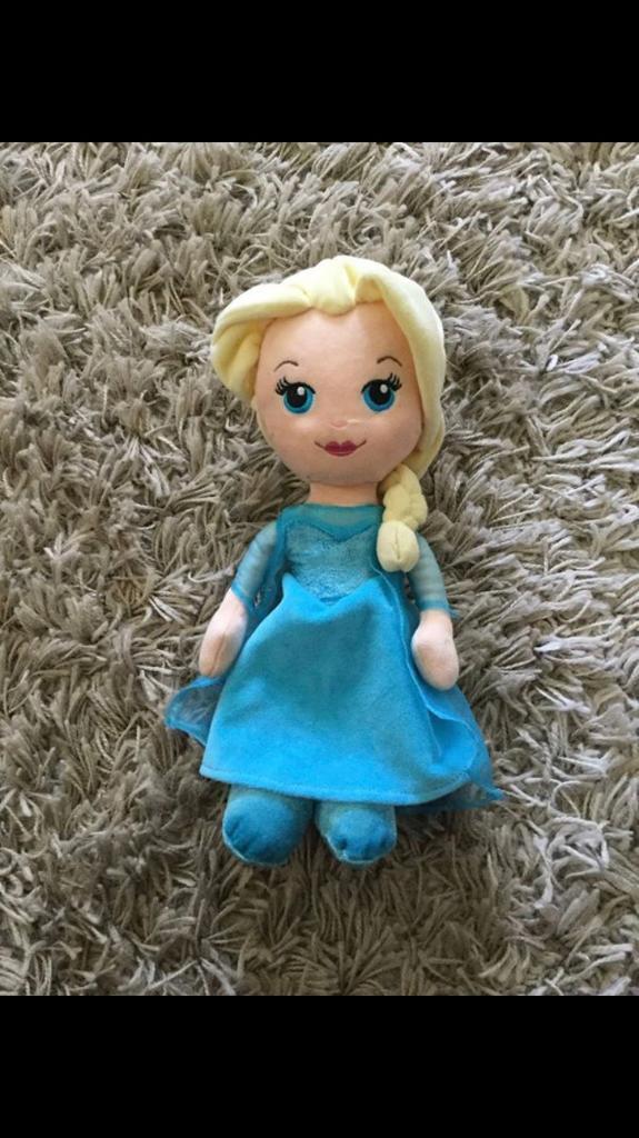 Elsa soft toy