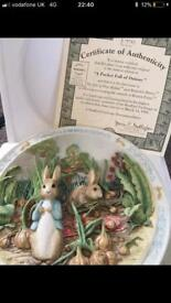 """Beatrix Potter """"A Pocket Full of Onions"""" Musical Plate"""