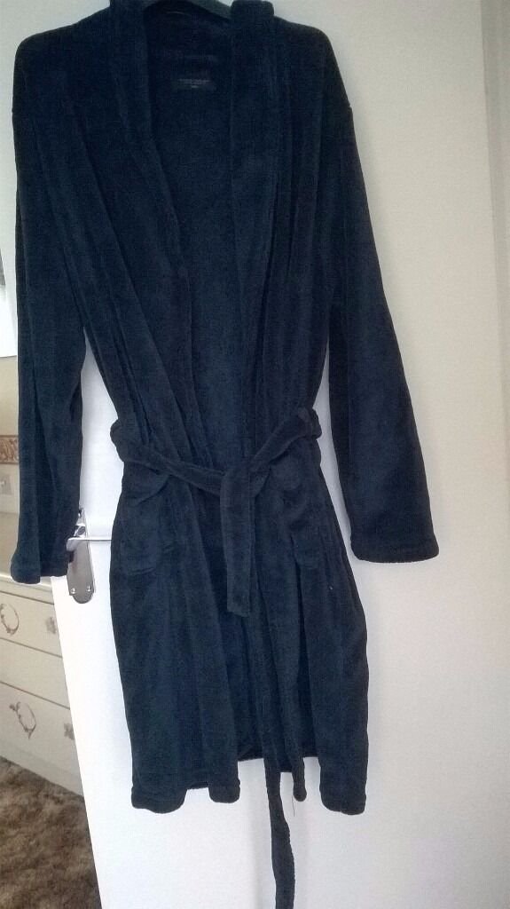 Mens XXL navy dressing gown bought from Matalan 2 months ago only ...