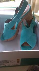 CLARKS Ladies turquoise suede sandals with heel