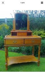 Dressing table. Free delivery