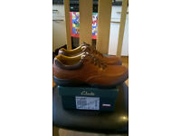Clarks shoes size 10 brand new in the box.Cost £69.99 I will take £25.