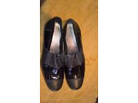 Capollini Ladies Shoe, Black with Patent - Unused