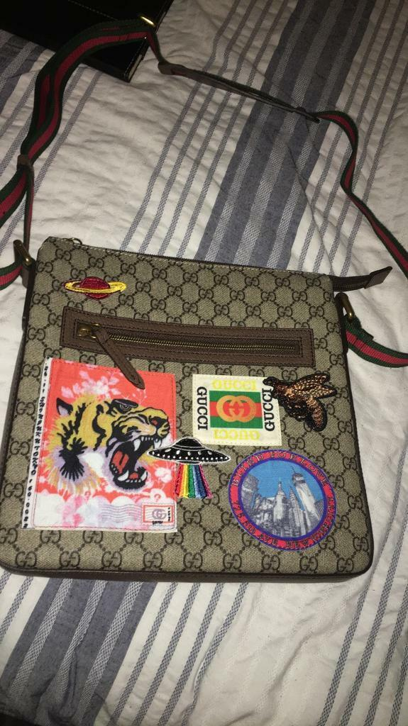 47c0e17a718 Gucci (GG) Soft Supreme Messenger Bag