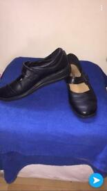 Softlites Black shoes