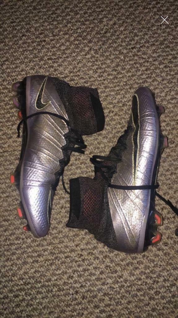 Nike superfly 4 size 7  b50a952d2eb7